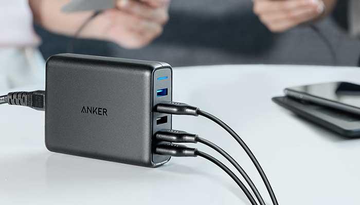 Сетевая зарядная станция Anker PowerPort Speed на 5 USB  с 2 портами QC3.0