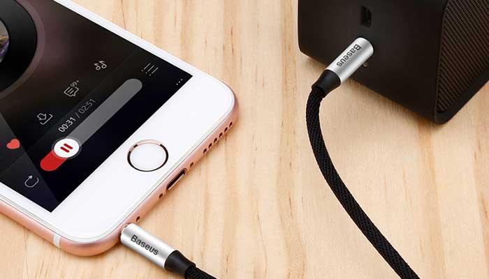 Качественный AUX кабель Baseus M30 Audio