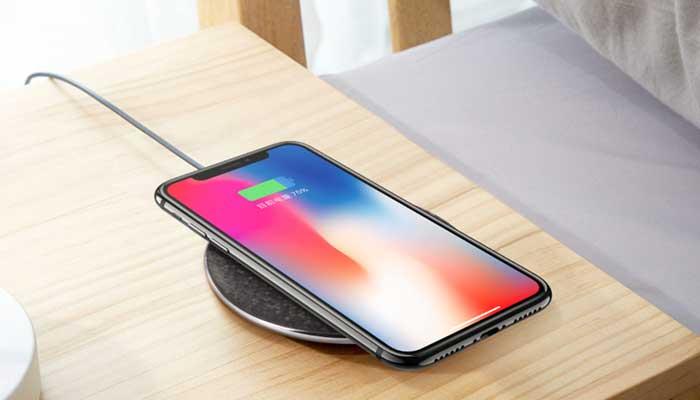 Беспроводная зарядка для iphone hoco cw8