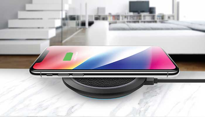 Qi Fast Wireless Charger от Momax