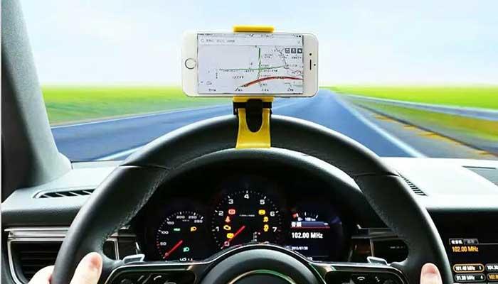 Нужен держатель телефона на руль? Купите на сайте автомобильных креплений DERJAK.RU
