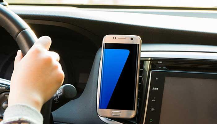 Стильный и компактный Remax RM-C18 будет великолепно смотреться в салоне вашего авто!