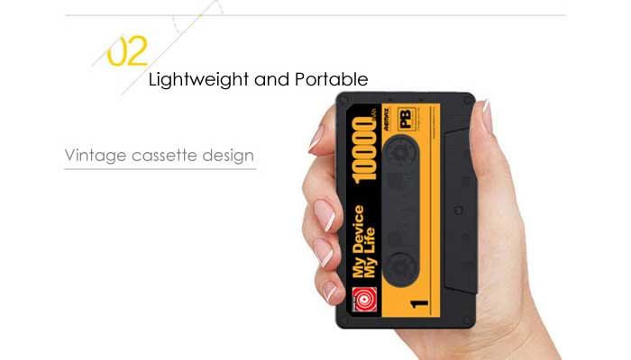 Легкий и компактный аккумулятор Remax Tape Power Bank 10000 mAh в стиле старой кассеты.