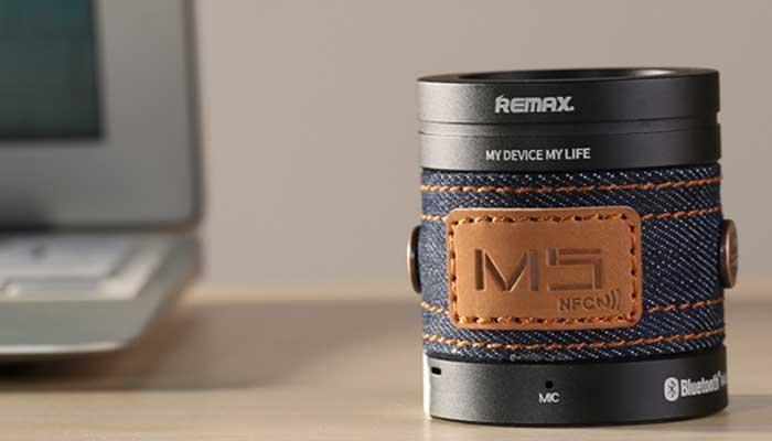 Элегантная переносная колонка remax с отделкой из кожи и джинсовой ткани