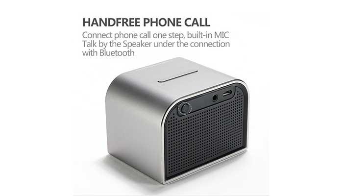 Стильная Bluetooth колонка Remax M8 mini с микрофоном